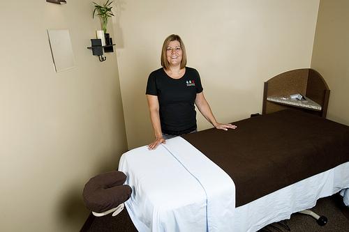 massage therapist needed - job search