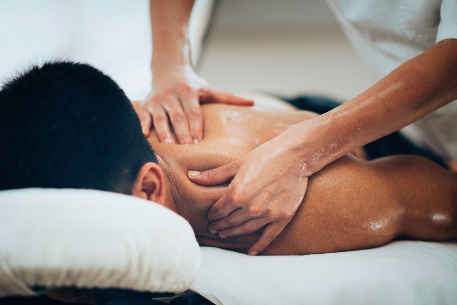 unlicensed massage therapists