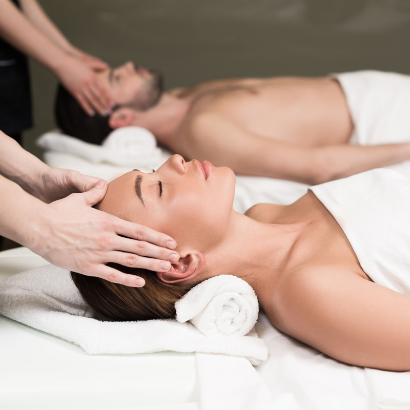 deepening-your-connection-couples-massage