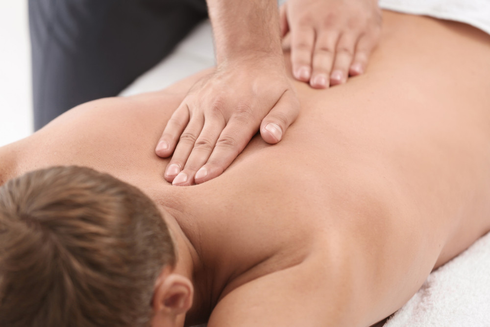 treating-common-back-problems-with-massage