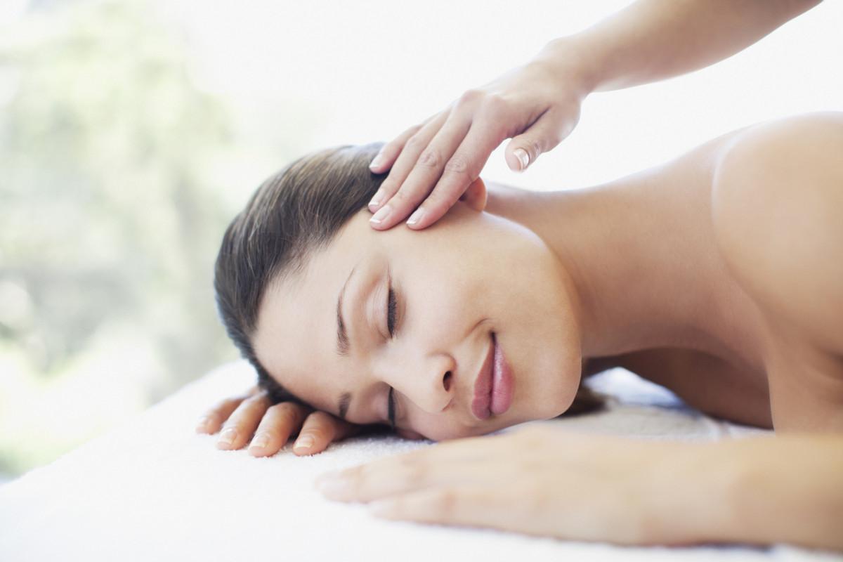 ways-massage-boosts-health