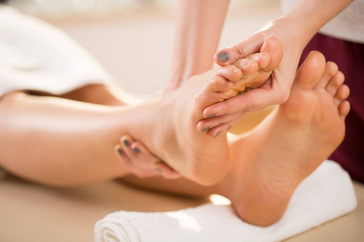 integrative reflexology massage