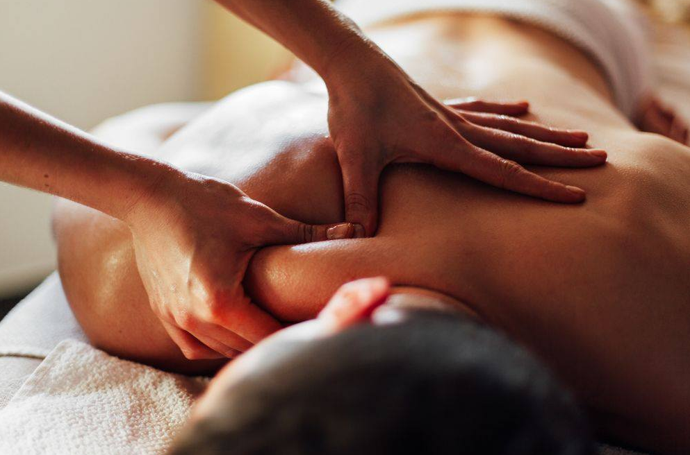 trigger point massage therapy at elements massage