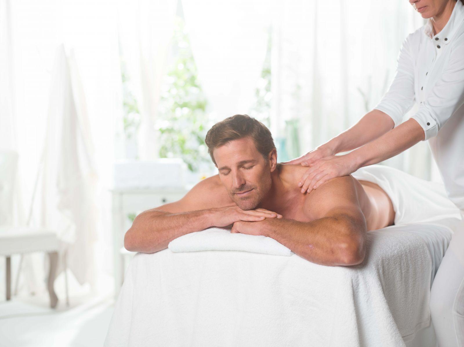 swedish massage therapy at elements massage