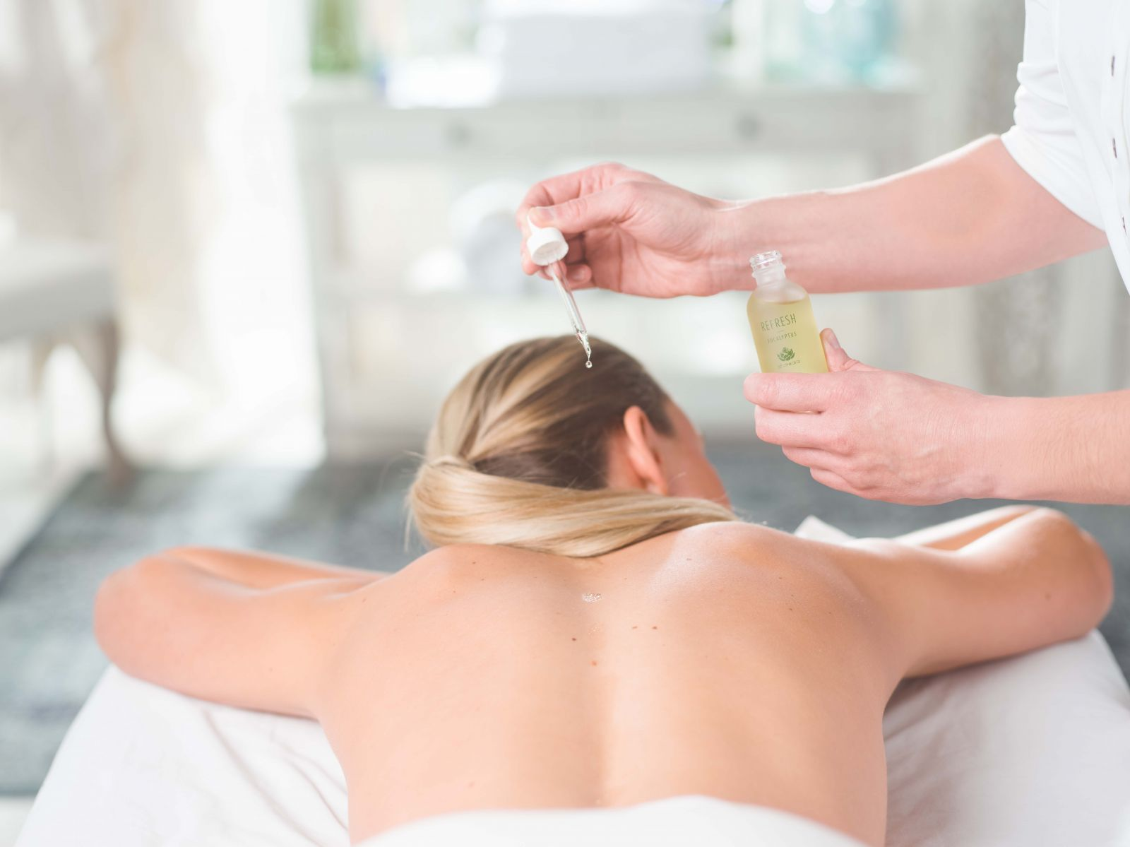 aromatherapy massage session